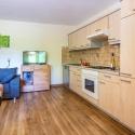 Voll eingerichtete Wohnküche